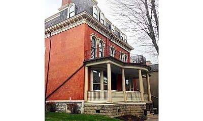 Building, 441 Franklin St 3, 0