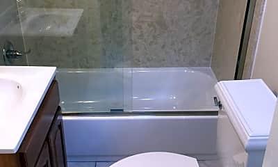 Bathroom, 1711 Washington St, 2