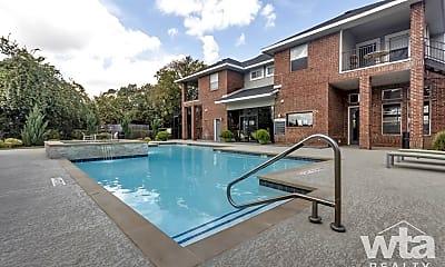 Pool, 350 Cypress Creek Rd, 1