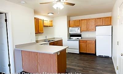 Kitchen, 637 600 E, 0