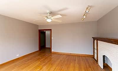 Living Room, 3722 W Wilson Ave, 1