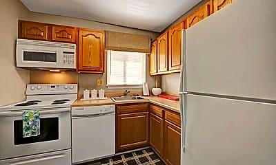 Kitchen, Heritage Woods, 1