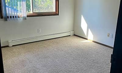 Living Room, 100 S Prairie Ave, 2