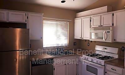 Kitchen, 32509 Strigel Court, 1
