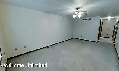 Bedroom, 428 S Washington St, 1