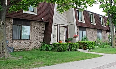 Building, Adams Lake Apartments and Townhomes, 0