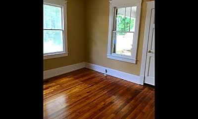 Bedroom, 313 S Summit St, 1