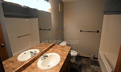Bathroom, 4901 S Marion Rd, 2