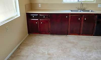 Kitchen, 247 East Hullett St., 2