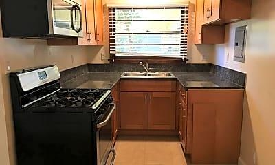 Kitchen, 1700 W Victory Blvd, 1