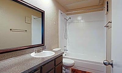 Bathroom, Clarendon Woodchase, 2