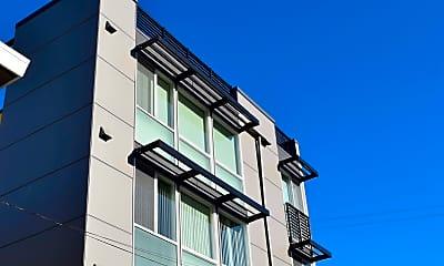 Building, 4110 Fremont Ave N, 1