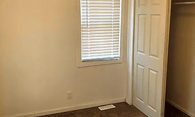 Bedroom, 320 E 36th St, 2
