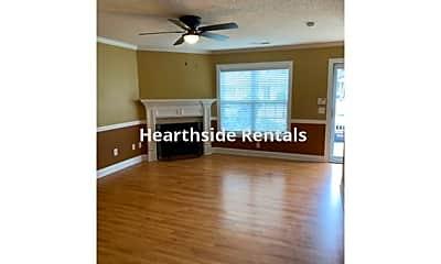 Living Room, 108 Chandler Dr, 2