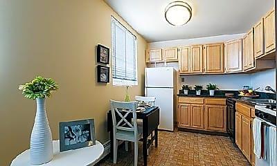 Kitchen, 450 Domino Ln, 1