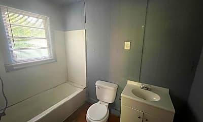 Bathroom, 201 W 22nd St, 2