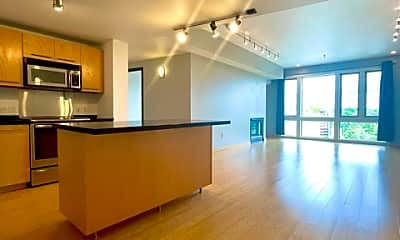 Living Room, 12600 SW Crescent St, 0