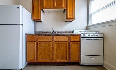 Kitchen, 1931 E 71st St, 2