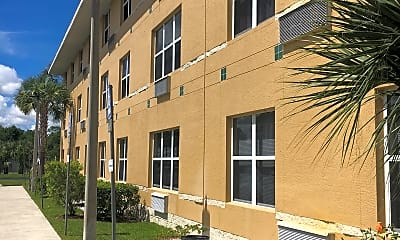 Palm Harbor Apartments, 0
