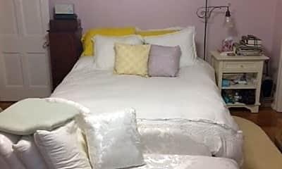 Bedroom, 201 W Tulpehocken St, 2