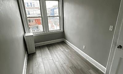 Living Room, 123 Sterling Ave, 2