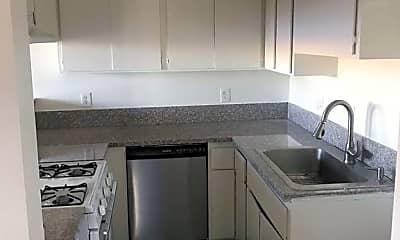 Kitchen, 4622 W Maplewood Ave, 1