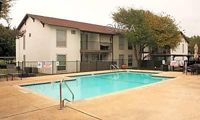 Pool, 241 Seville Dr, 1