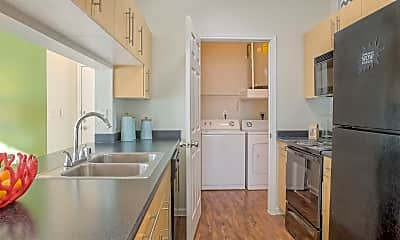 Kitchen, Cortland Bear Creek, 0