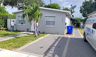 4555 NW 4th Terrace B, 1