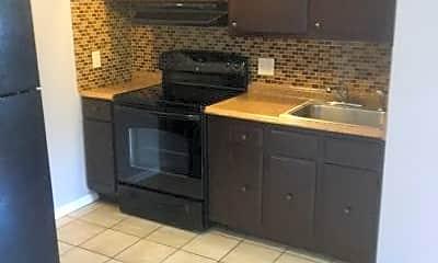 Kitchen, 17 Ferris Ave, 2