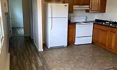 Kitchen, 434 East Dr, 2