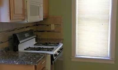Kitchen, 1014 7th St SE, 2