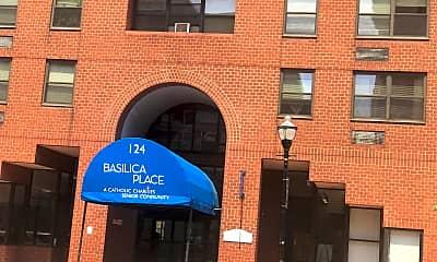 Basilica Place, 1