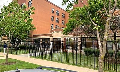 East Park Apartments, 2