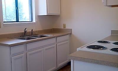 Kitchen, 733 W Sussex Ave, 1
