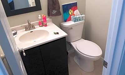 Bathroom, 704 18th Ave, 2