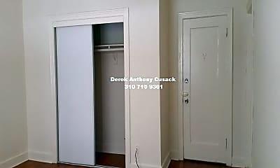 Bedroom, 259 S Harvard Blvd, 1