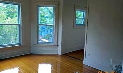 Living Room, 118 Dell St, 1