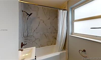 Bathroom, 508 Hendricks Isle 1, 2