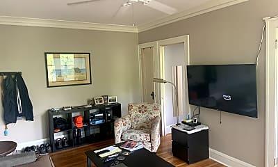 Living Room, 4136 Queen Ave S, 1