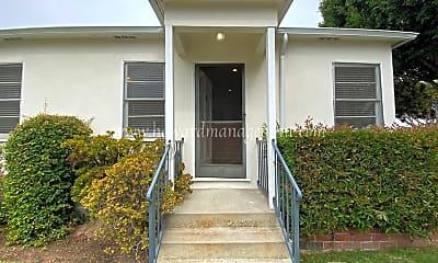 Building, 2107 Oak St, 1