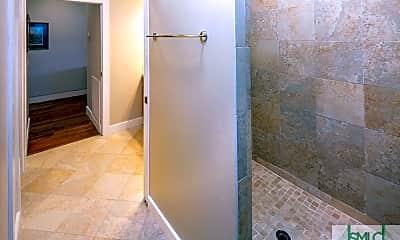Bathroom, 101 Barnard St 402, 2
