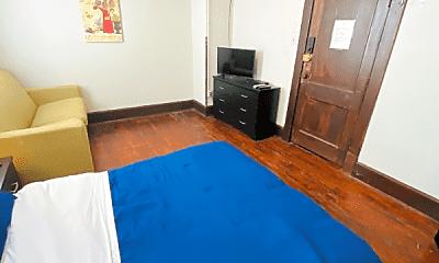 Bedroom, 110 S McDonald St, 1