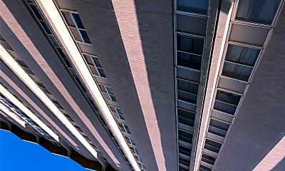Nazareth Towers, 0