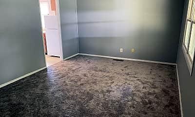 Living Room, 2013 Greendale Dr, 1
