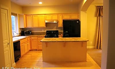 Kitchen, 154 NE Porto Way, 1