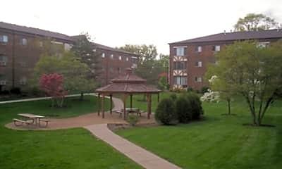 Building, Autumnwood Apartments, 1