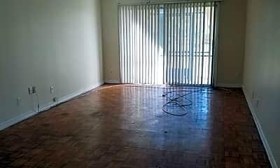 Living Room, 7346 El Barco Rd 3, 1