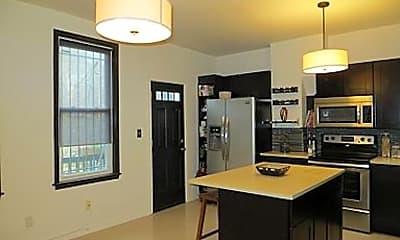 Kitchen, 20 Todd Pl  Unit  2, 1