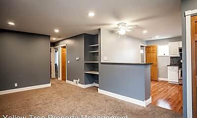 Living Room, 756 Polk St NE, 1